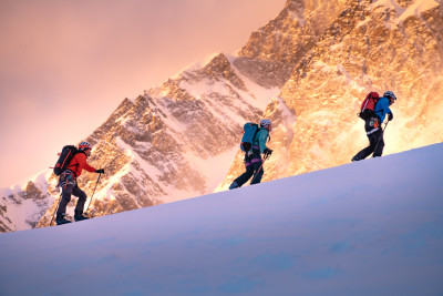 A Guide to Avalanche Safety by Mountain Sense
